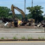 Former Barber's Crossing Restaurant Building Gets Demolished